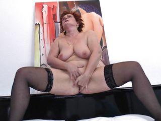 Порно мужская дрочка соло